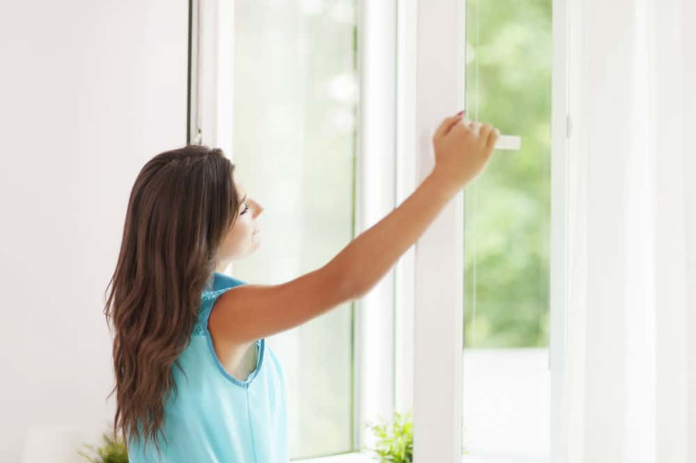 When in Use Air Purifier Windows Open or Closed